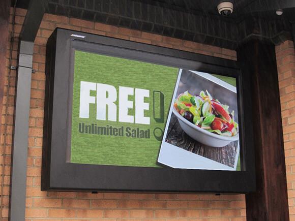 Outdoor Digital Signage als Speisekarte eingesetzt
